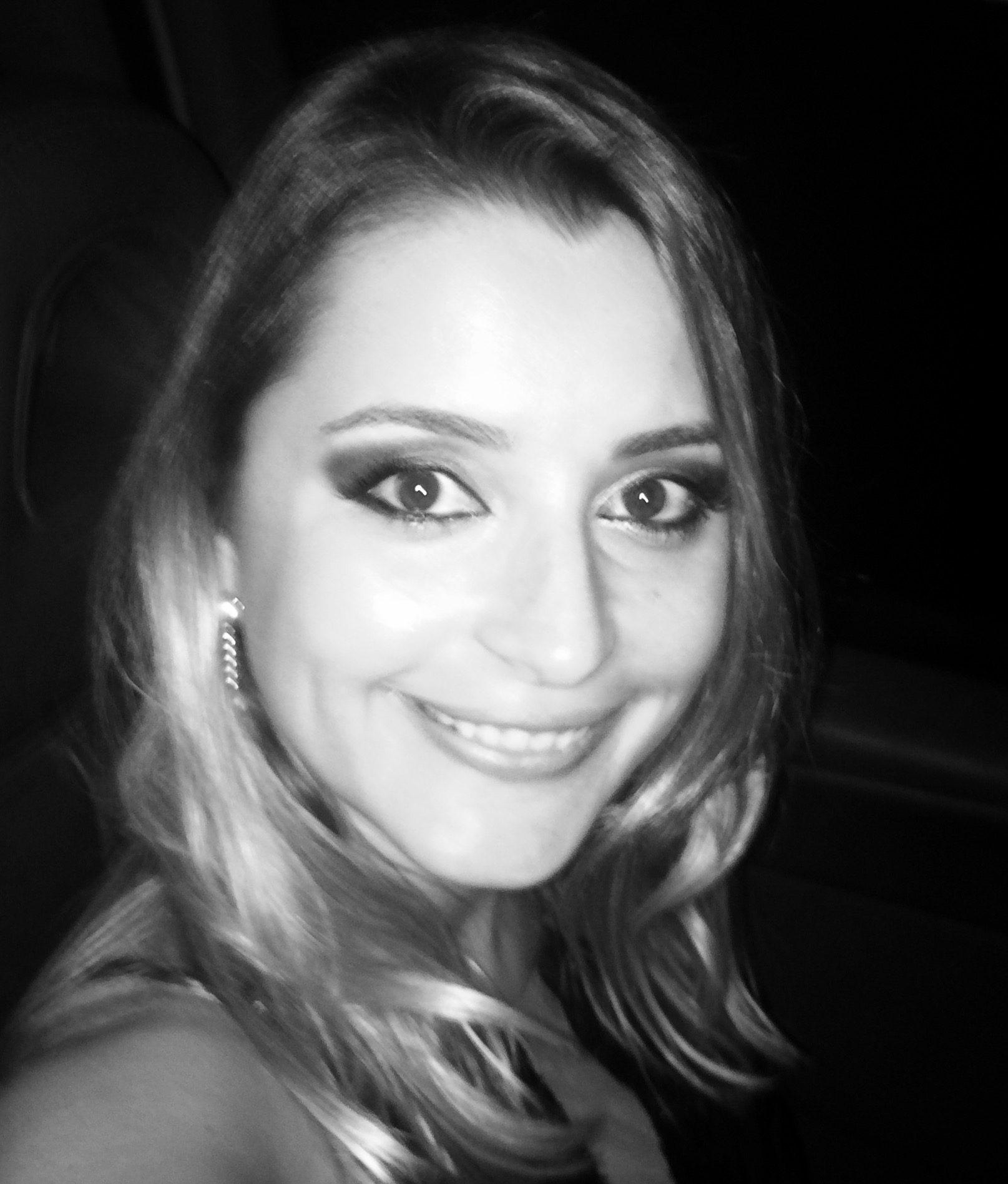 Fabiola de Oliveira Neves