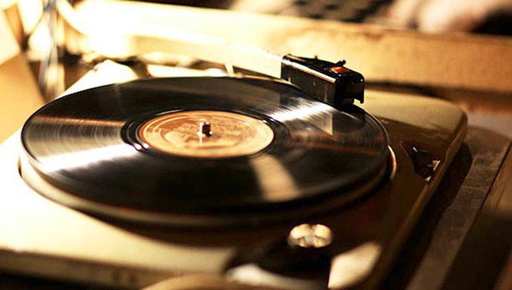 SOBRE MUSICAS FOTO 02