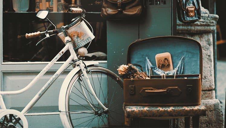 Já não se fazem mais móveis nem amores como antigamente...