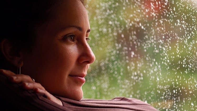 Não é só a tristeza a felicidade também nos ensina e nos fortalece