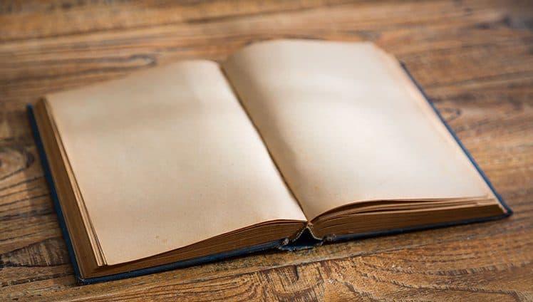 Uma vida de espera e de páginas em branco