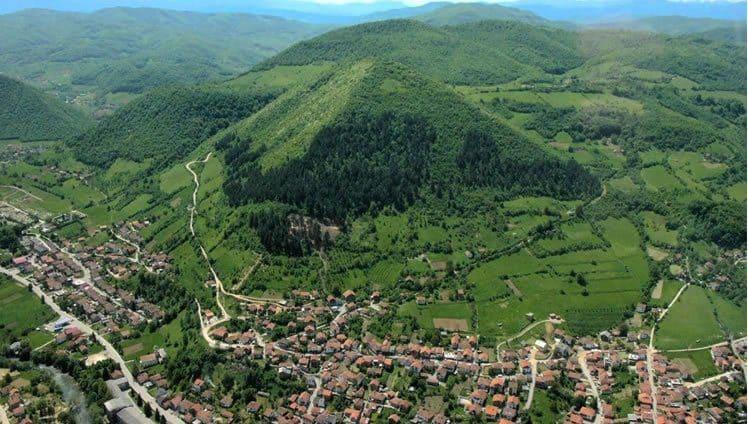 pirâmides da Bósnia