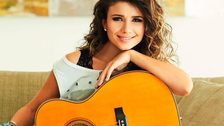 Paula-Fernandes
