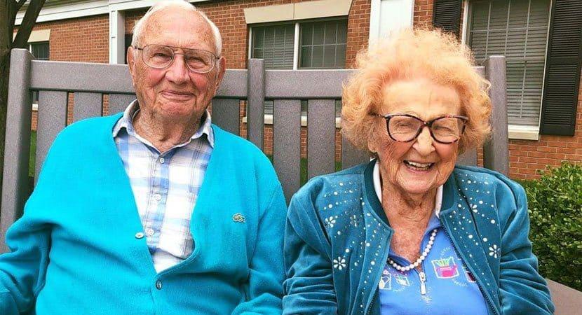 Idosos de 100 e 103 anos se casam e provam que não há idade para o amor