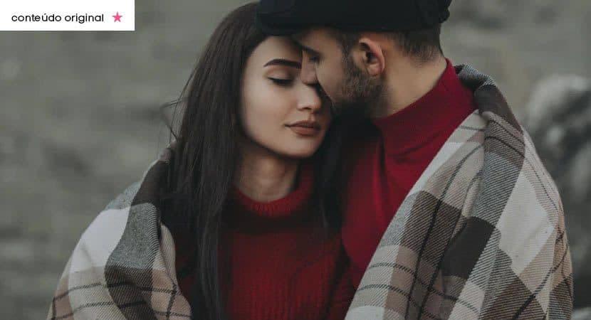 Namore alguém que se orgulhe de acordar ao seu lado todos os dias