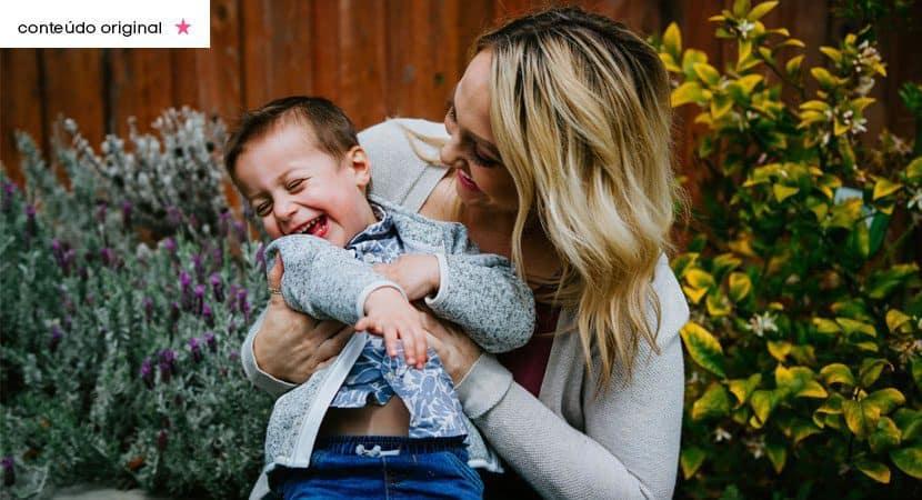E no sorriso dos filhos que uma mae ve sua recompensa Ela se realiza com as suas conquistas