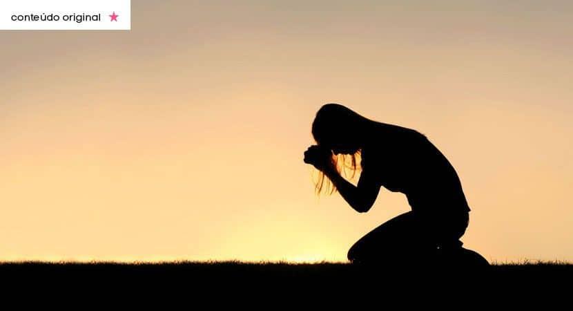 Onde ha joelhos dobrados nao ha batalhas perdidas Deus lhe concedera uma grande vitoria