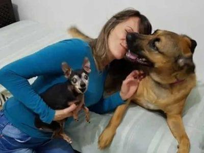 3 Capa Aos 42 anos ela admite que nunca namorou Homem e chato prefiro cachorros