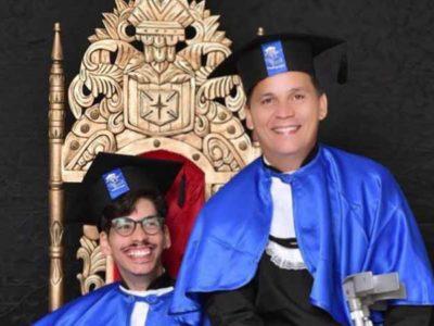 5 Jovem com paralisia cerebral recebe apoio do pai e juntos se formam em pedagogia