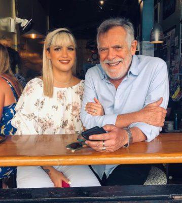 4 2 Nao existe hora certa para amar Com 51 anos de diferenca namorada de Jose de Abreu se declara